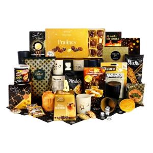 Een kerstpakket gevuld met food