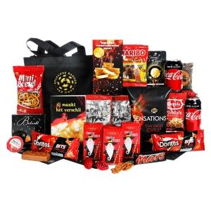 Ruimgevulde kerstpakketten met drank en etenswaren leverbaar in Rotterdam