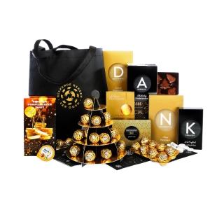 Zeer ruime kerstpakketten voor 40 euro gevuld met drank en snacks