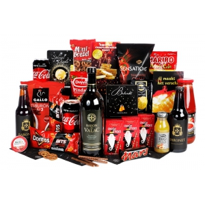 Traditioneel ogende rode kerstpakketten