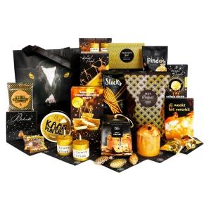 Origineel Schagen kerstpakket gevuld met diverse soorten drank en snacks