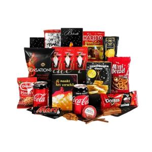 Verrassend veenendaal kerstpakket met diverse drank en etenswaren