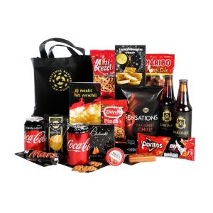 Woerden kerstpakket vol met lekkere drank en etenswaren